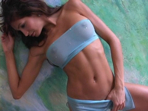 Angela McLin  nackt